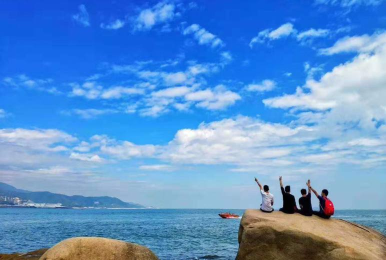12月21日 我心中最美的海岸线:七星湾——桔钓沙海岸线穿越